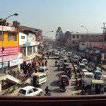 ネパール カトマンズ 歩道橋の上