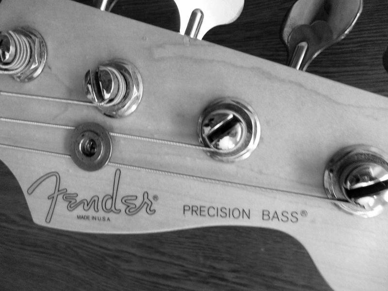 fender usa precision bass 1998
