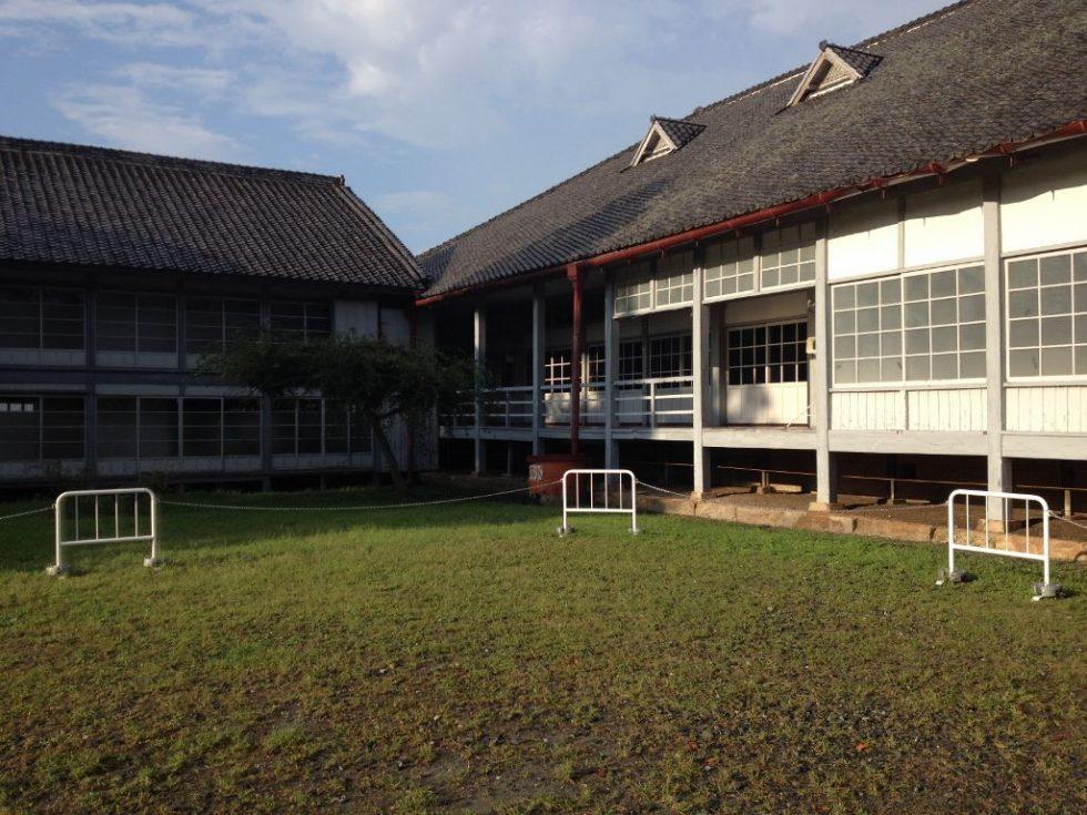 富岡製糸場 庭