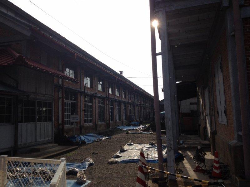 富岡製糸場 外