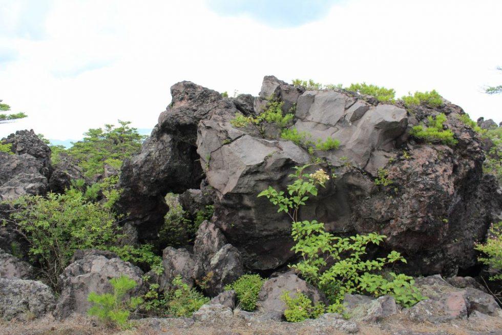 鬼押出し園の岩