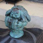枕返し 妖怪ブロンズ像