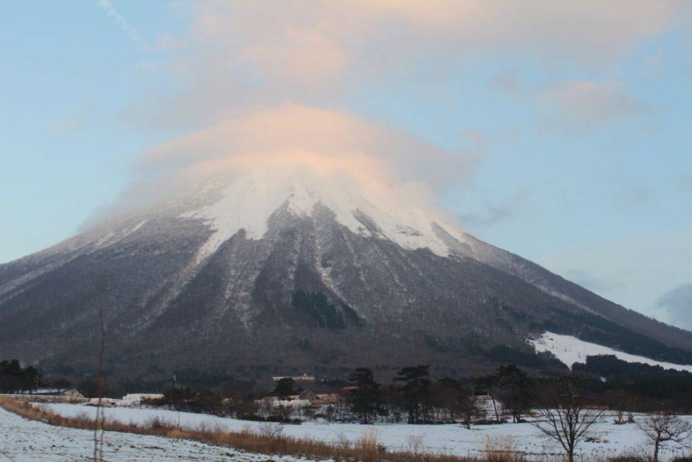 雪化粧した大山2
