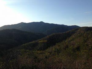 山の稜線 京都市内にて