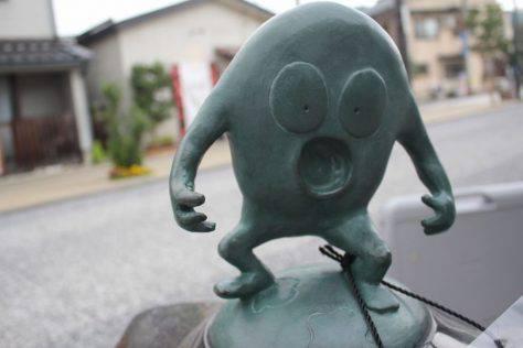 クサビラ神 妖怪ブロンズ像
