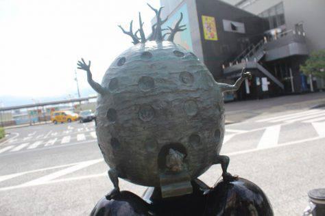 家獣(かじゅう)妖怪ブロンズ像