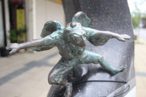 木の葉天狗(このはてんぐ)妖怪ブロンズ像