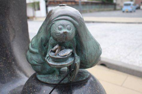 豆狸(まめだぬき)妖怪ブロンズ像