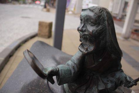 青女房(あおにょうぼう)妖怪ブロンズ像