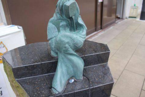 三味長老(しゃみちょうろう)妖怪ブロンズ像